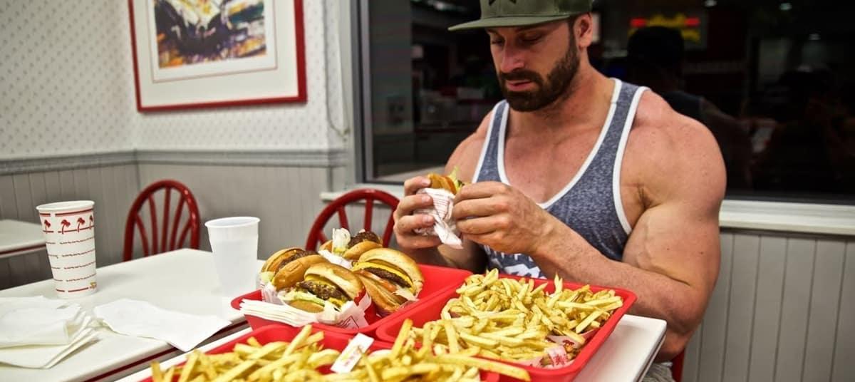 Maîtriser les écarts de régime en musculation