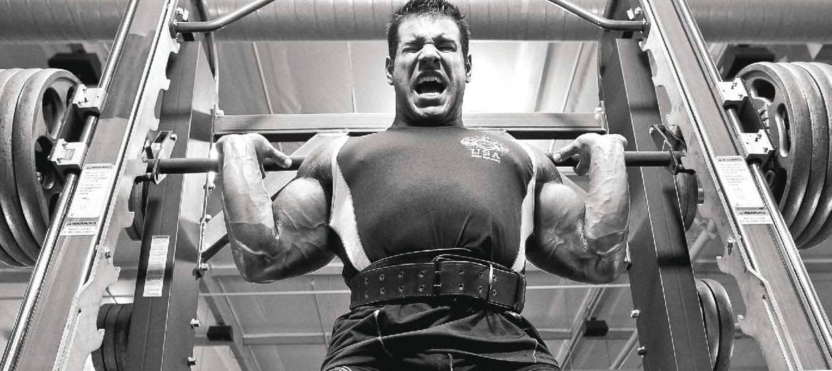 Programme de musculation squats à 20 répétitions